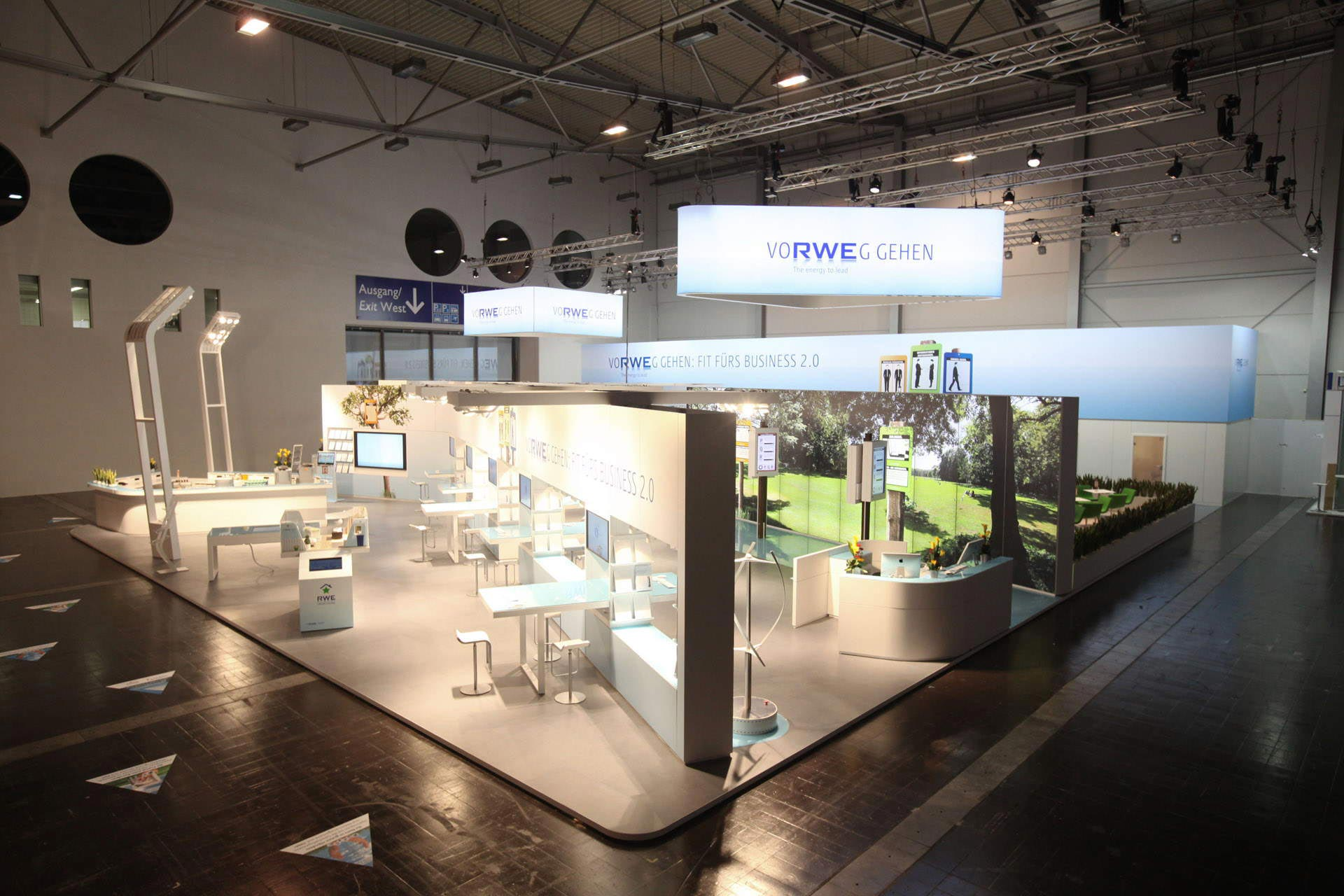 Rwe messe interior brand design in der dritten dimension for Interior design messe